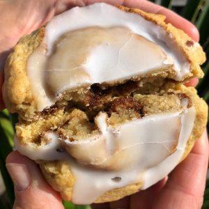 vegan cinnamon roll cookie