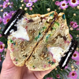 vegan funfetti birthday cake cookie